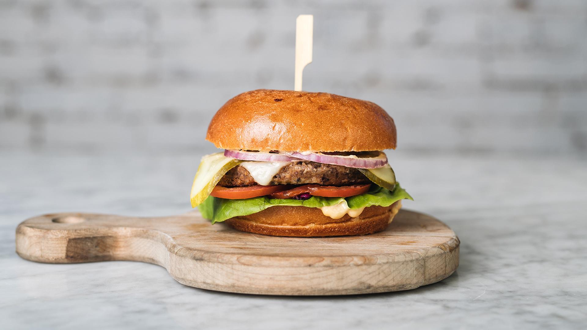 Big LOV cheeseburger | Best veggie burgers in Toronto