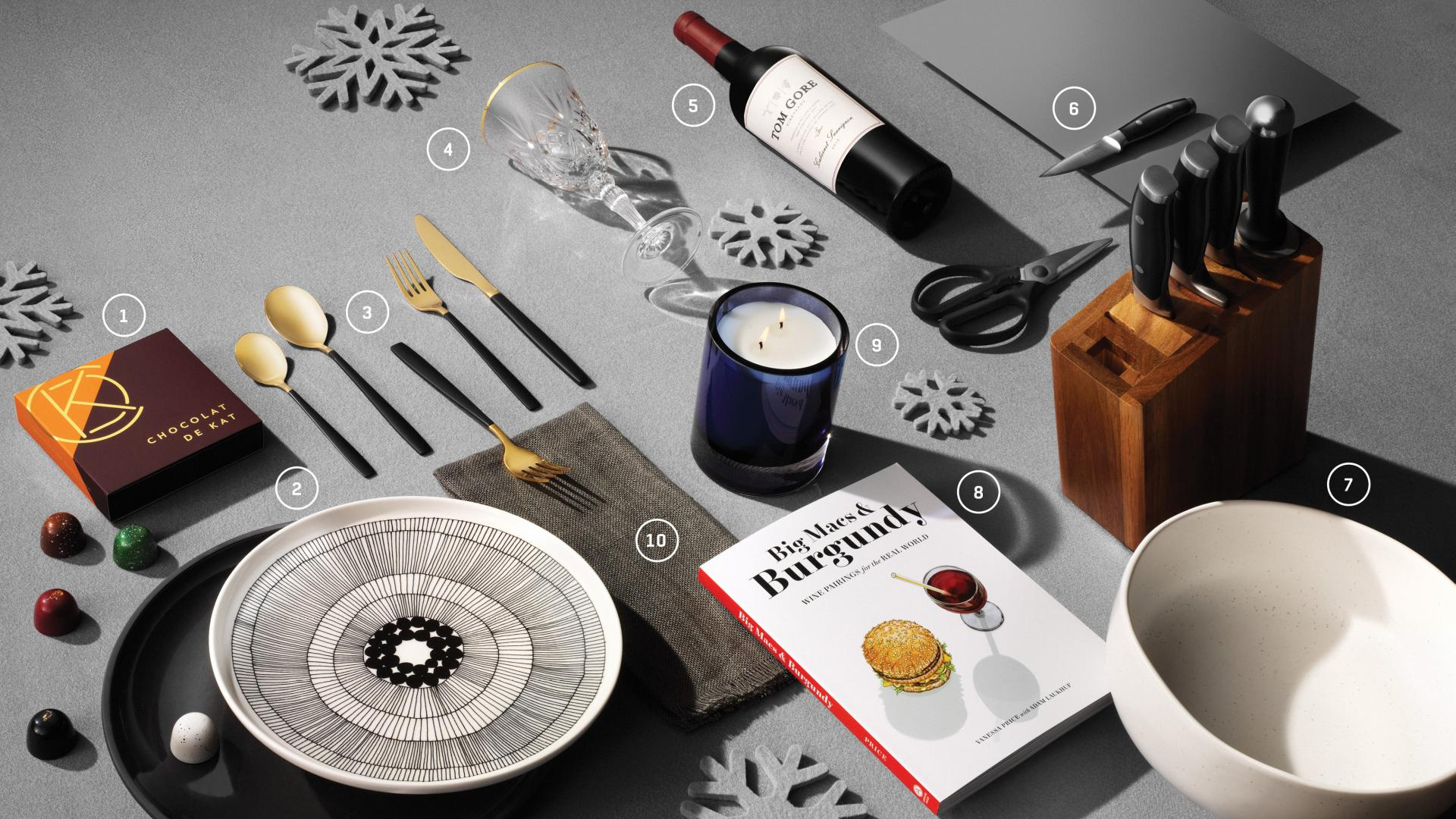 Food and drink holiday Christmas gifts | A flat lay of holiday-themed gifts