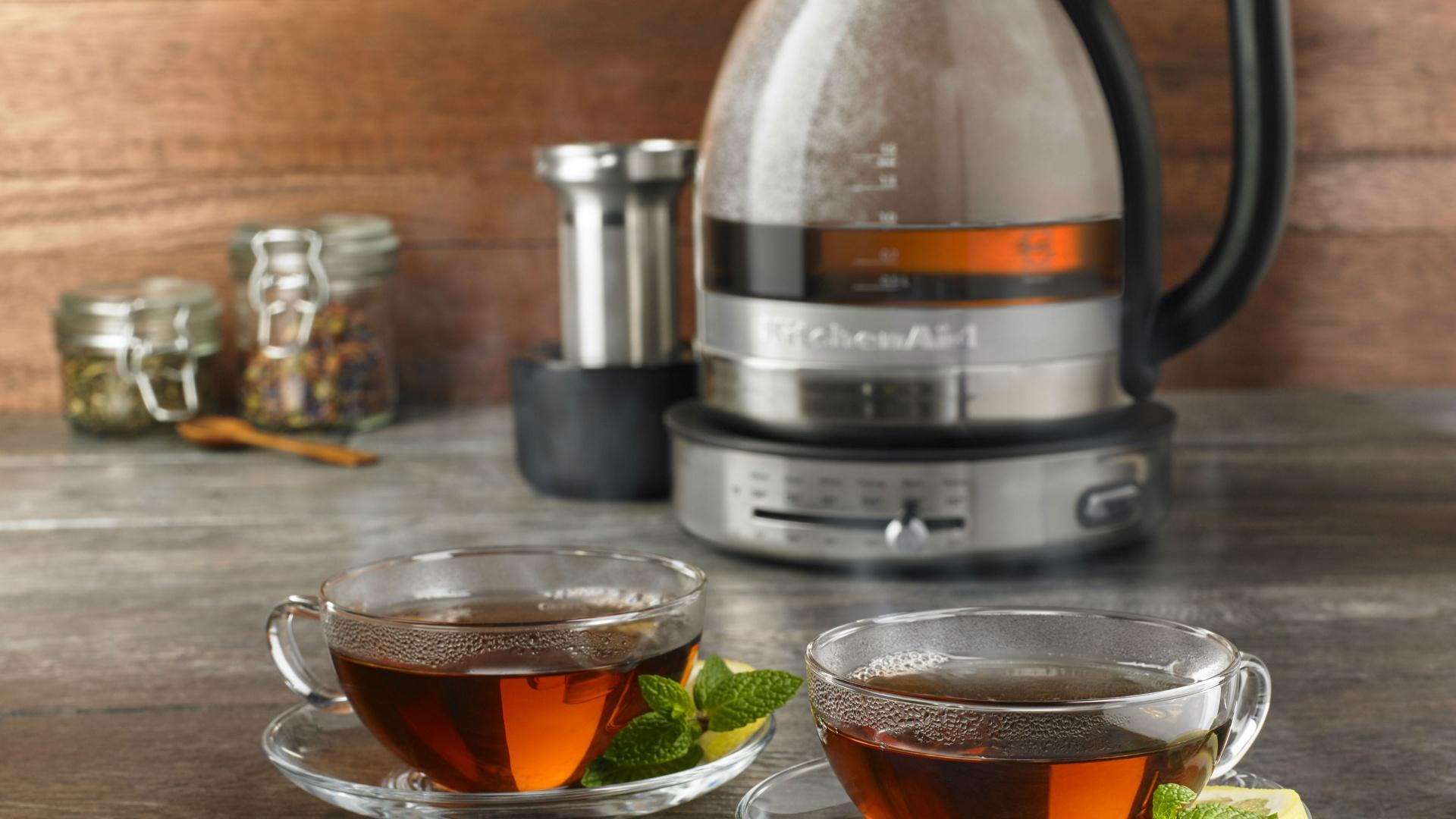Weapons of Choice: KitchenAid Glass Tea Kettle