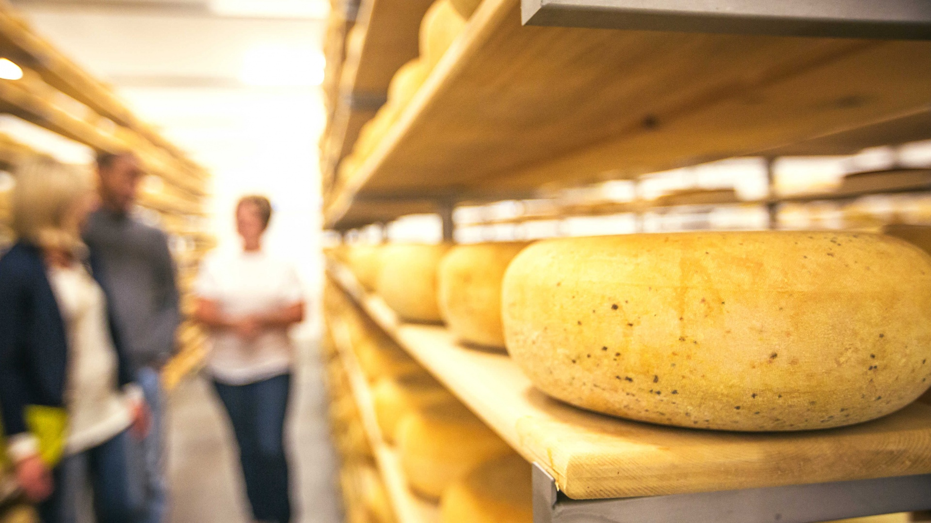 Cheese, please: Afrim Pristine's tips for creating holiday cheese boards