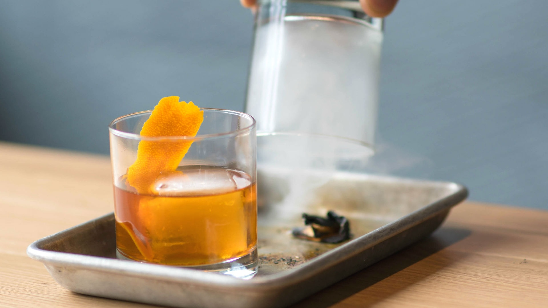 make-this-northern-maverick-smoked-old-fashioned