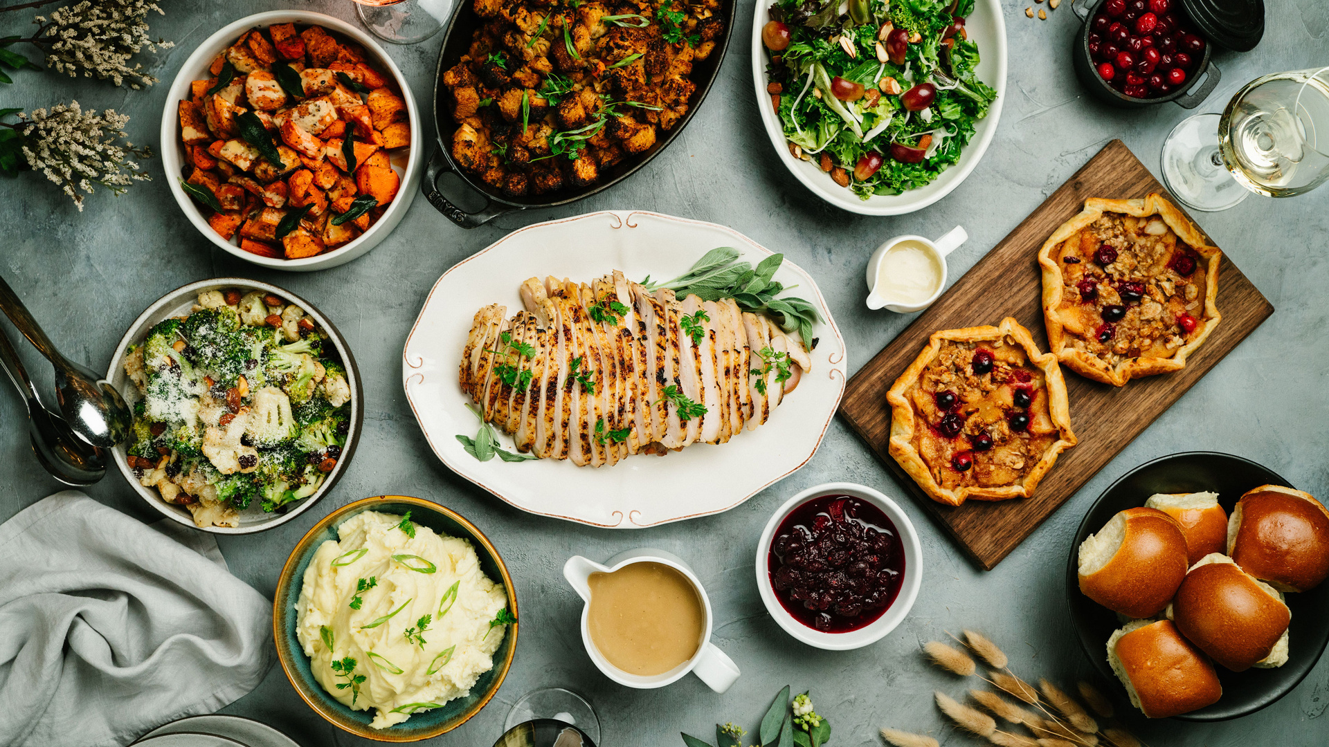 10 Thanksgiving Dinners For Dine In Or Delivery Foodism To