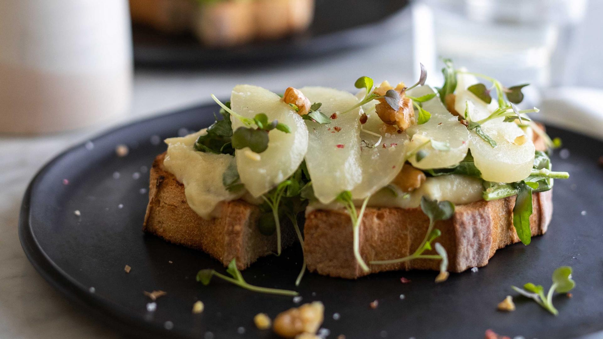 The best vegan restaurants in Toronto by neighbourhood | Parsnip and pear toast, LOV