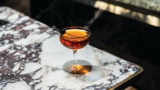 Classic Manhattan cocktail recipe.