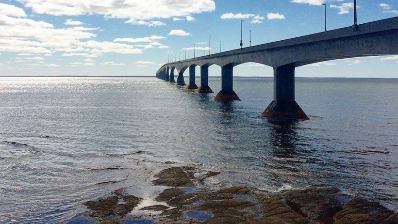 The Confederation Bridge that connects PEI and New Brunswick