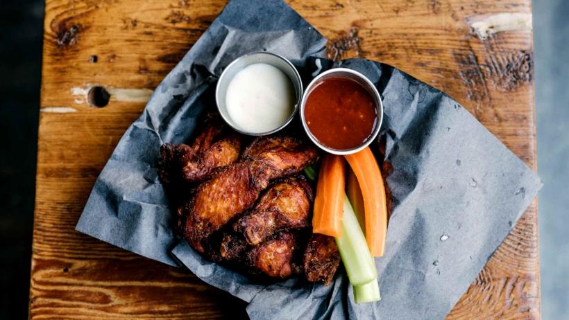 Smoque N Bones chicken wings