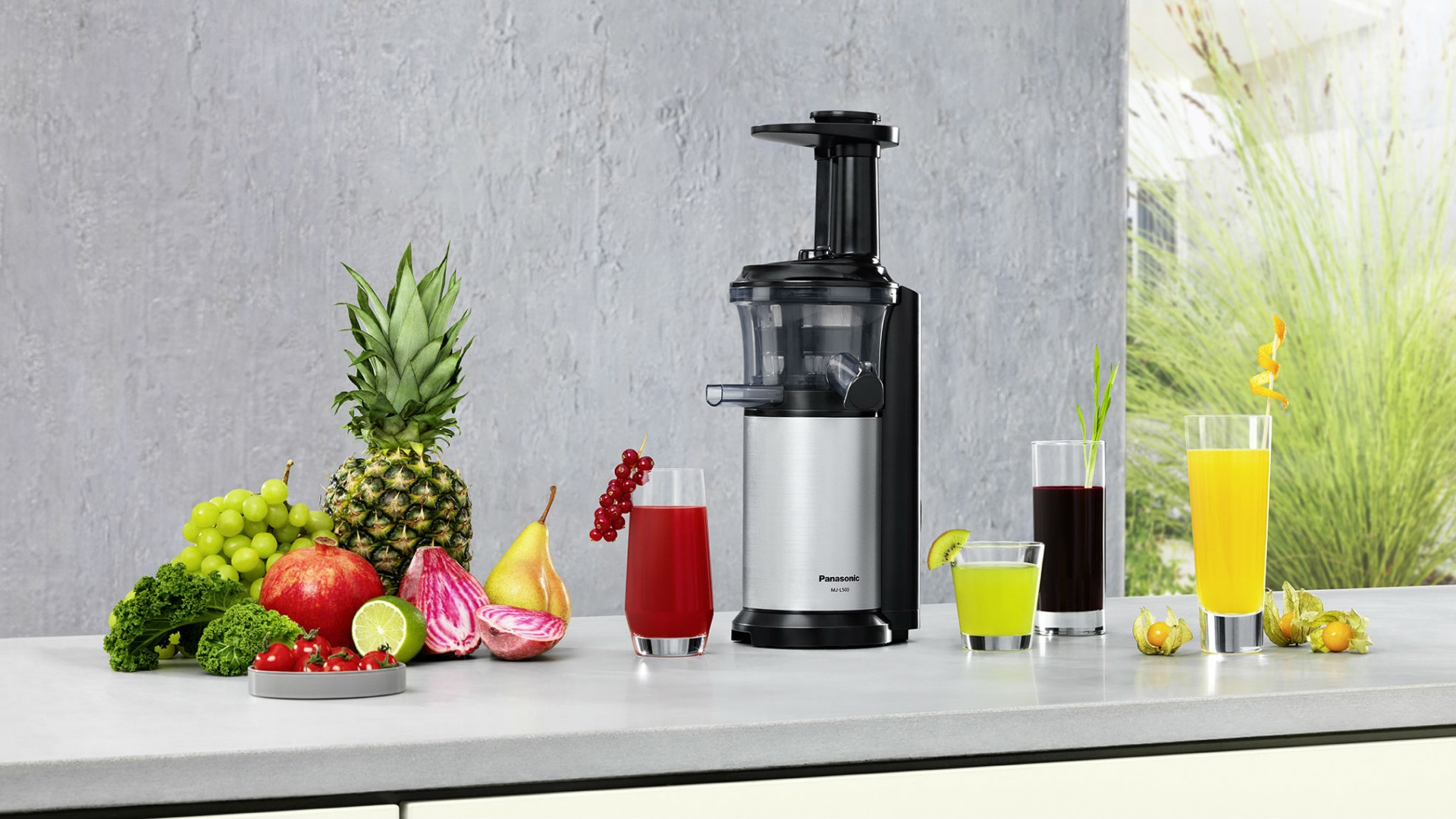 Weapons of Choice: Panasonic Slow Juicer Foodism TO