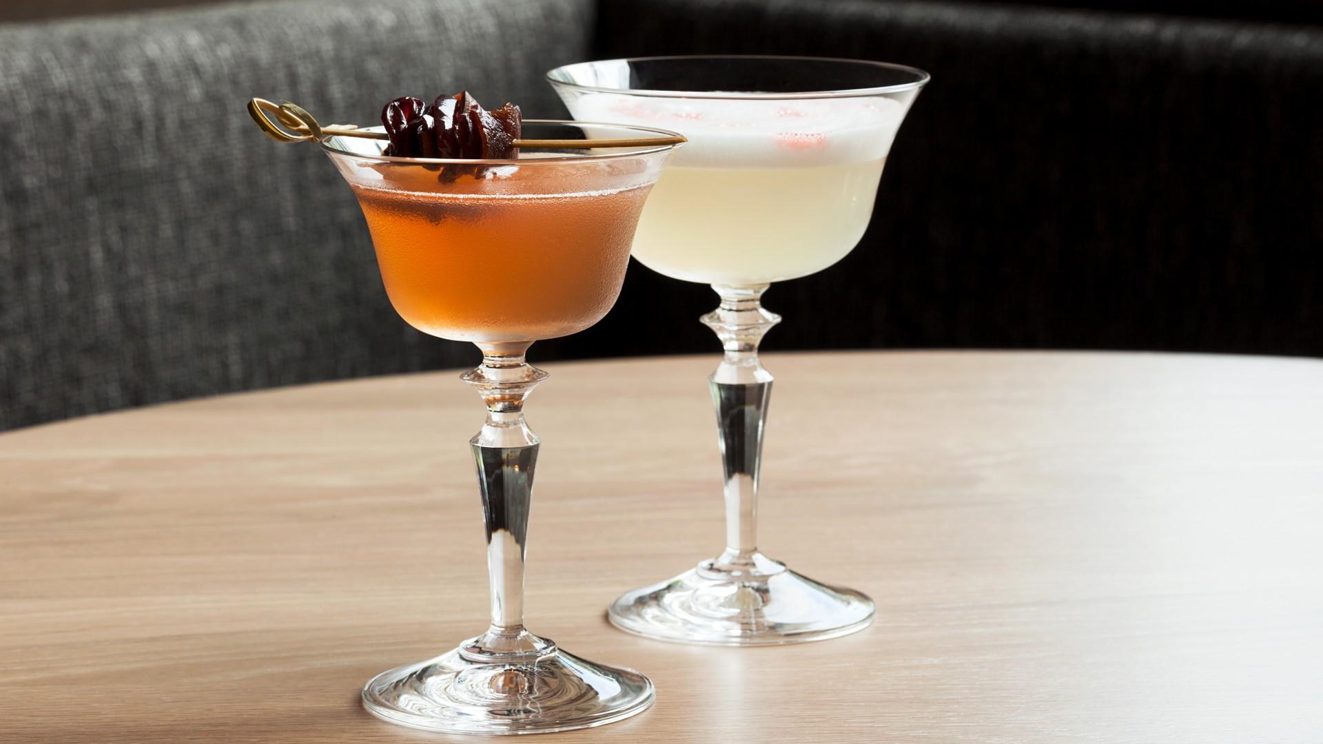 Cocktail bar Toronto; Ascari Enoteca on King West.