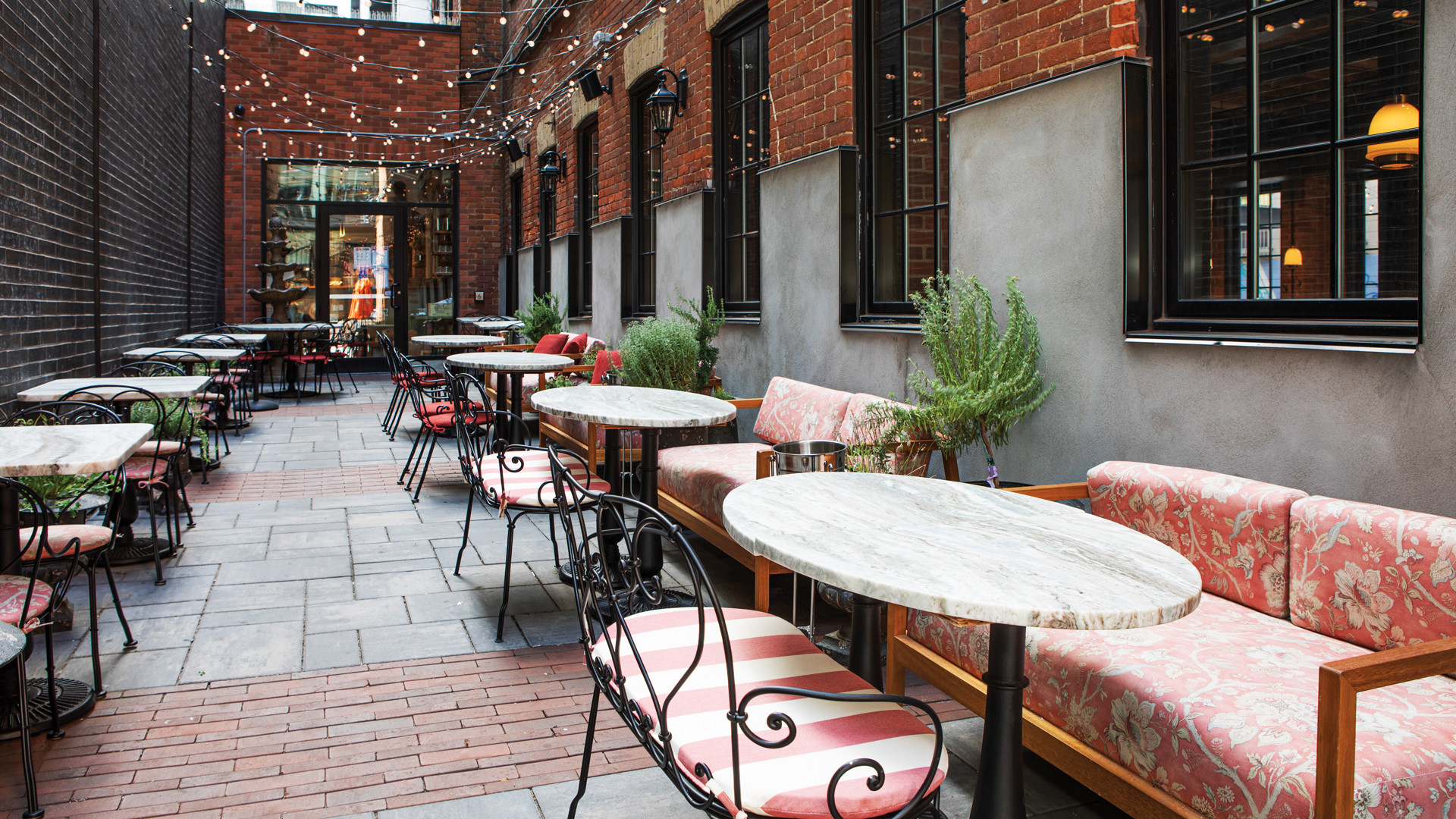 The best patios in Toronto: Lapinou