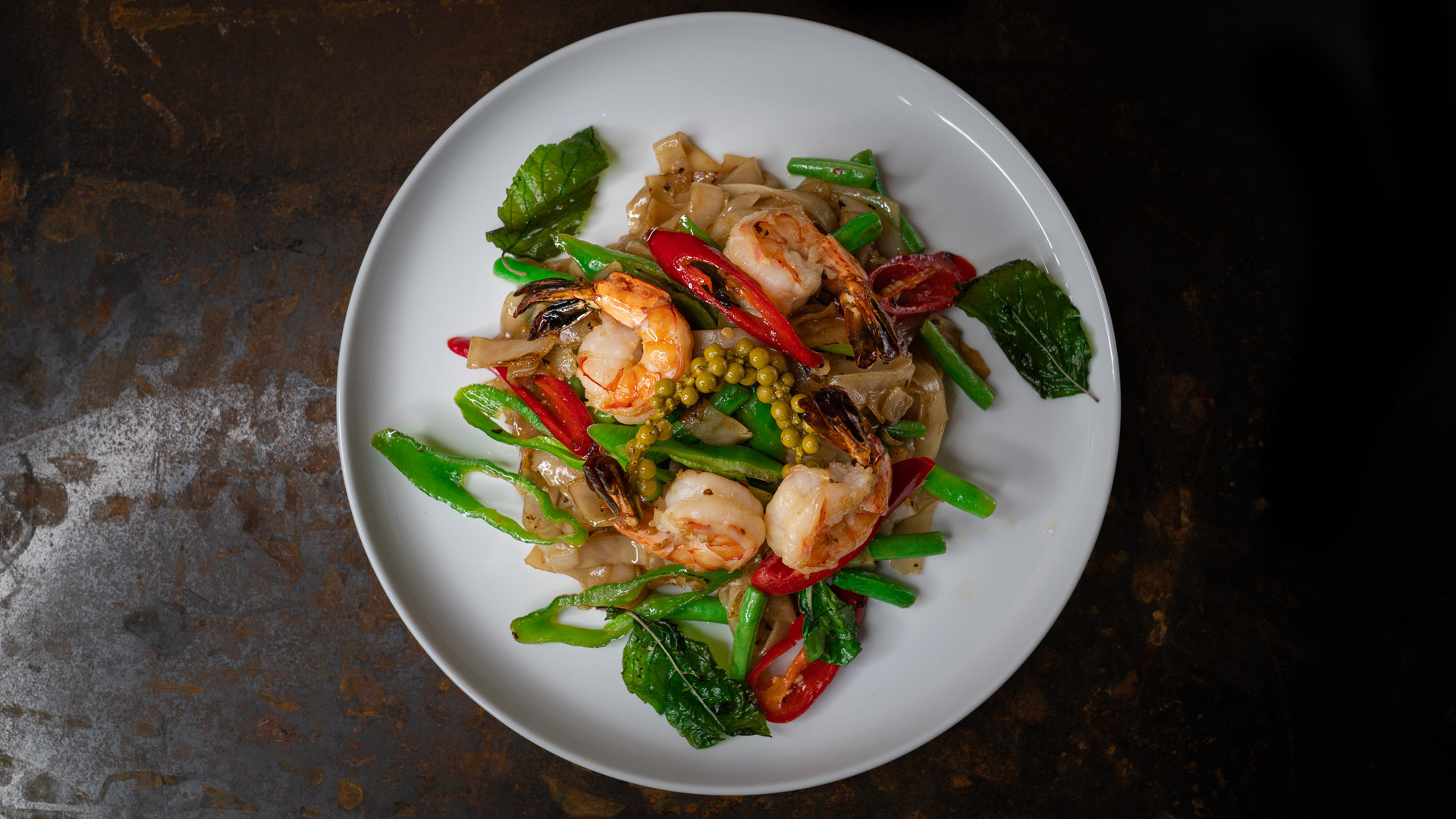 The best new restaurants in Toronto | Pad Kee Mao with shrimp at Maya Bay
