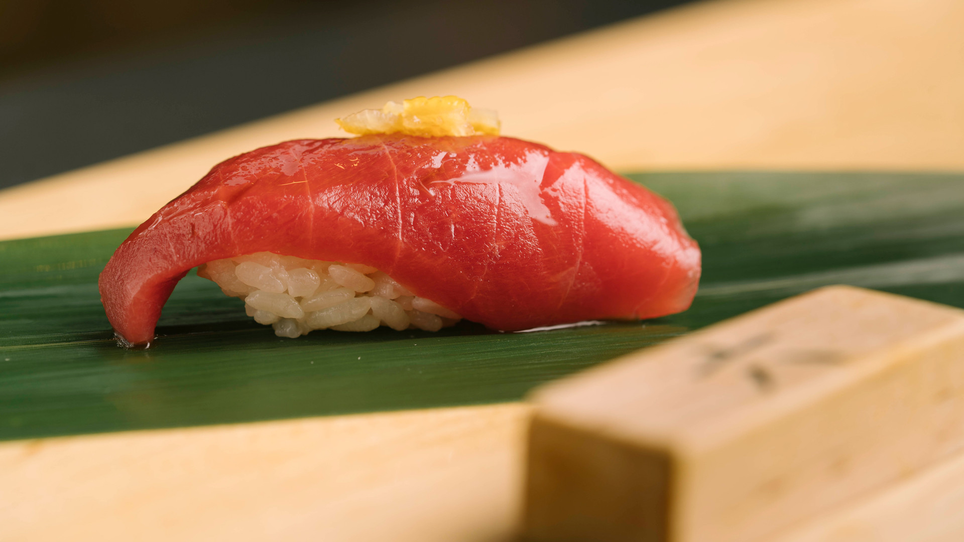 The best sushi in Toronto | Tuna belly nigiri sushi at Tachi stand-up sushi bar