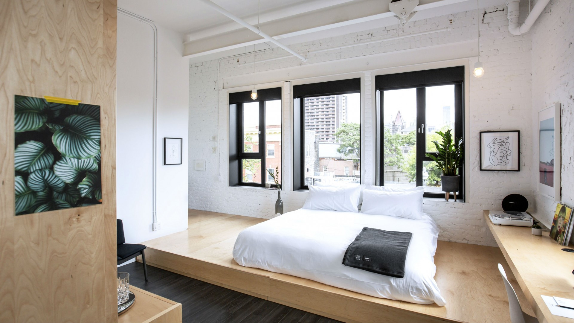 The best Toronto hotels for a staycation | loft style room at the Annex Hotel