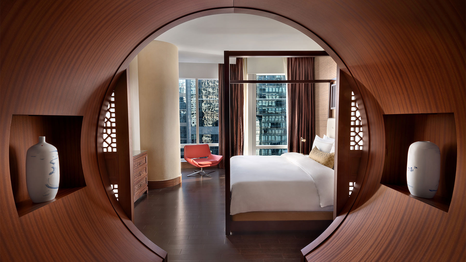 The best Toronto hotels for a staycation | Suite at The Shangri-La hotel
