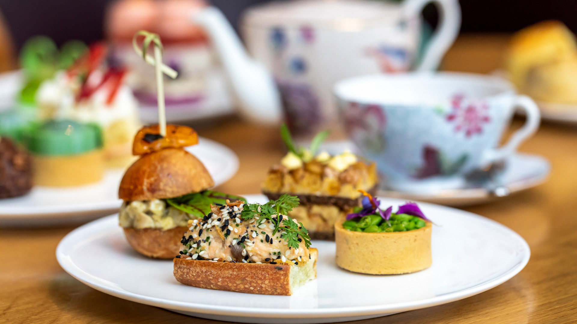 Shangri-La Toronto | Afternoon tea treats