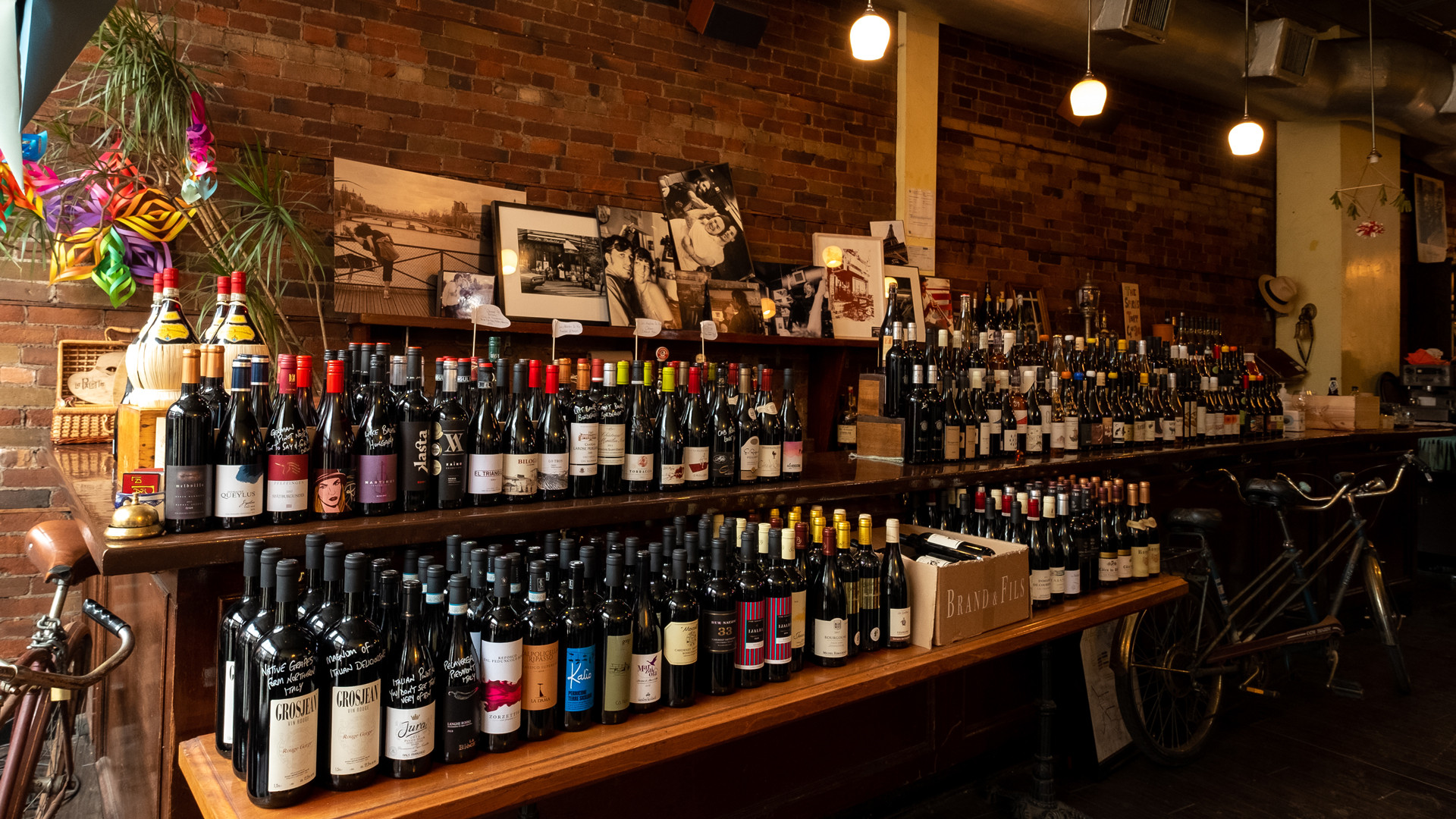 The best bottle shops in Toronto | La Palette has a wide assortment of wine