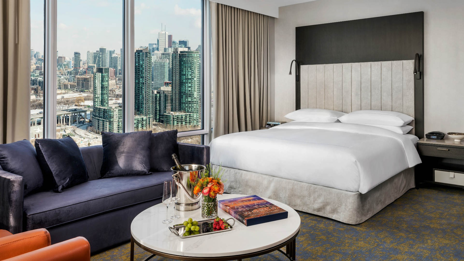 Hotel X Toronto staycation | Suite overlooking the city