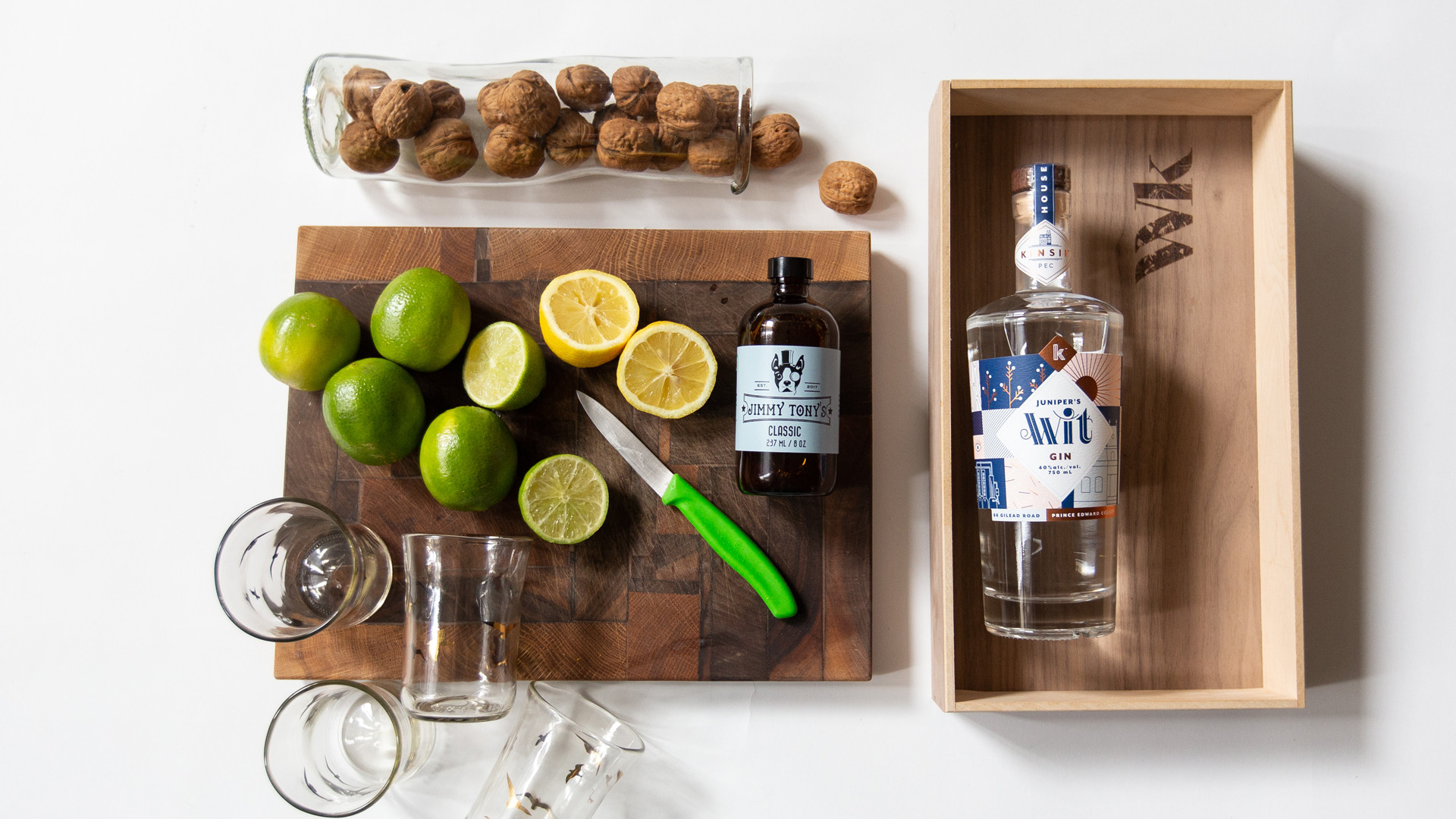 Wonderkind unique local gift sets made in Canada | A gin and tonic gift set