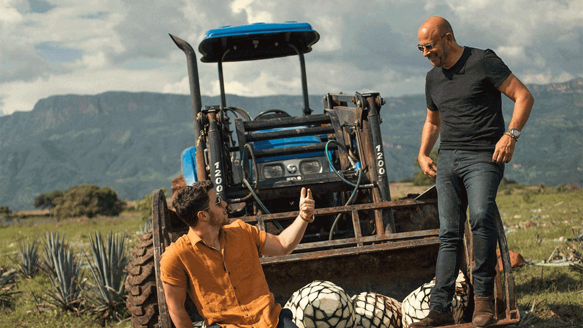 Nick Jonas and John Varvatos harvesting agave in Mexico | Villa One Tequila