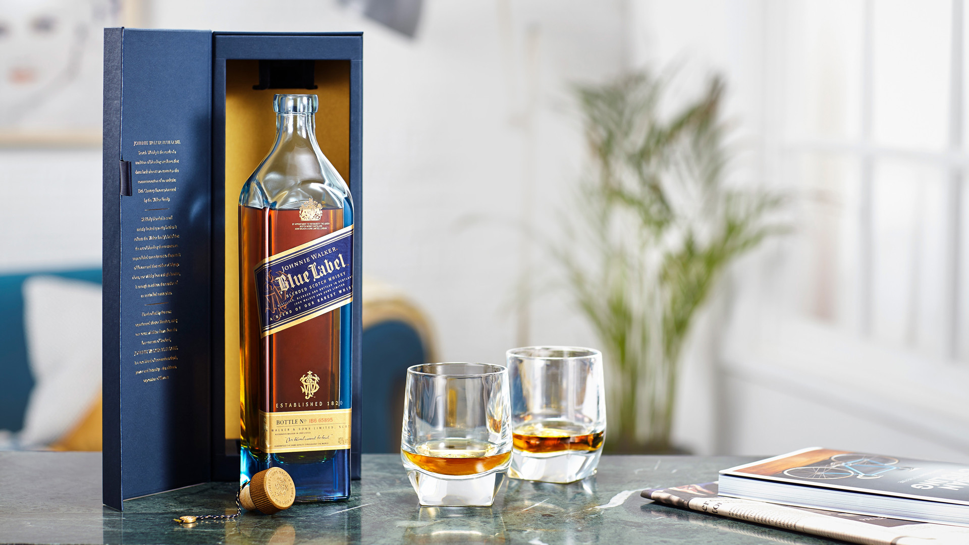 5 of the best whisky gifts at LCBO   Jonnie Walker Blue Label with two glasses