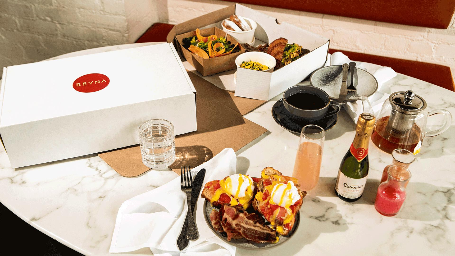 Must-try picnic baskets from Toronto restaurants   Reyna on King's brunch box