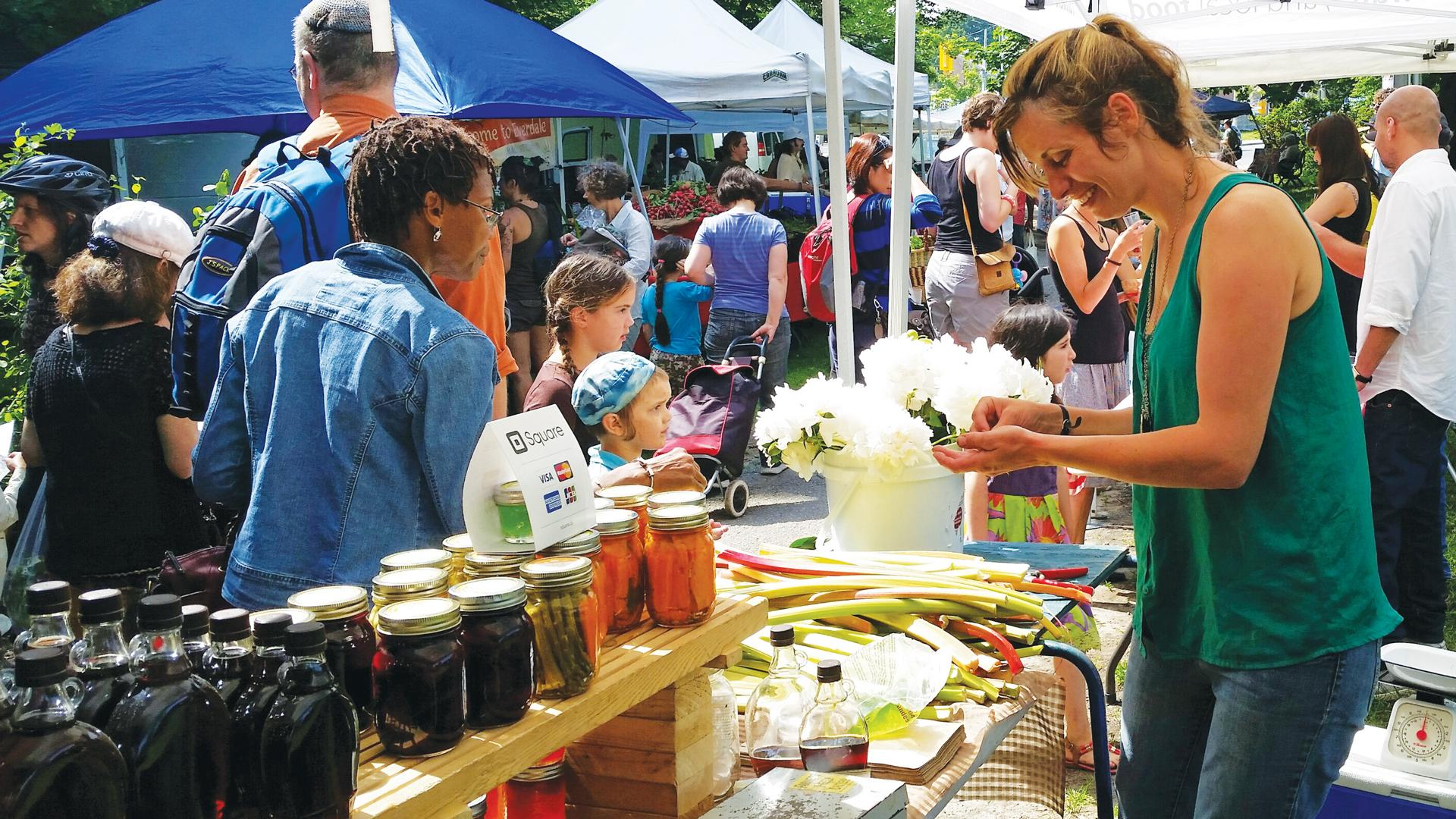 The freshest farmers' markets in Toronto | People shop at the Dufferin Grove Farmers' Market