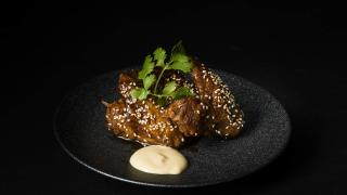 The best restaurants offering delivery and takeout in Toronto: chicken wings at TORA