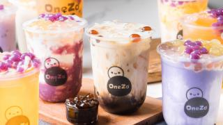 The best bubble tea in Toronto | an assortment of drinks with special tapioca from OneZo Tapioca