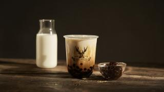 The best bubble tea in Toronto | milk tea with pearls from The Alley in Toronto