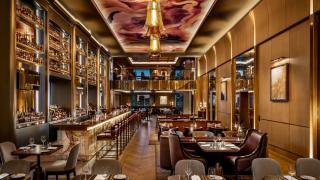 The best Toronto hotels for a staycation | Louix Louis restaurant at the St. Regis Toronto