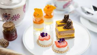 Shangri-La Toronto   Honey-infused desserts from the Bee-spoke Afternoon Tea