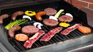 Father's Day dinners and Father's Day gifts   Grilling meats from West Side Beef's King of the Grill Box