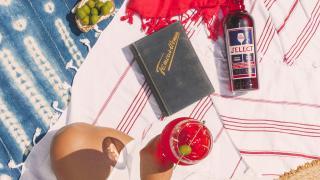 Picnic recipes | A select spritz at a summer picnic
