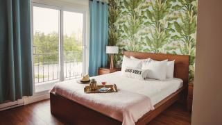 Win a three-month supply of Viveau and a stay at The June Motel in P.E.C. | Inside a room at The June Motel