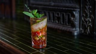 Restaurant Review: The Rabbit Hole in downtown Toronto   Adelaide Pimm's