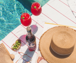 Picnic recipes | Select Aperitivo spritzes by the pool