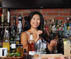 Evelyn Chick shakes up some cocktail recipes In the Kitchen with Foodism