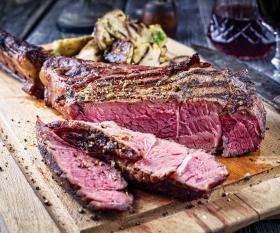 A juicy piece of steak | Cooking the perfect steak according to Damien Cochez of Côte de Boeuf