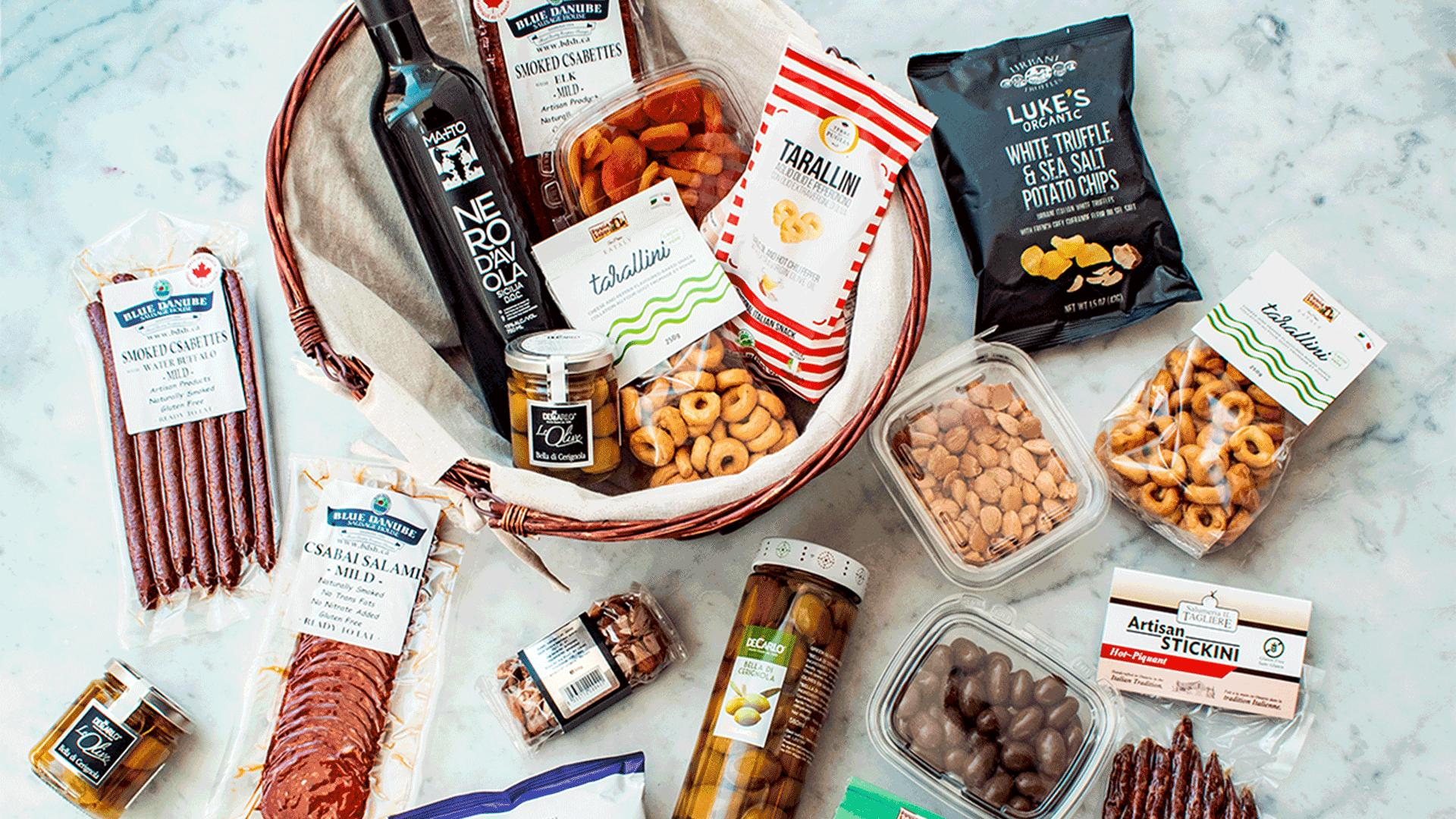 Must-try picnic baskets from Toronto restaurants   Eataly's curated picnic baskets