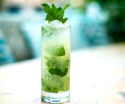 byblos-cucumber-mint-swizzle