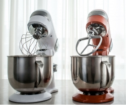 Weapons of Choice: Cuisinart Precision Master Stand Mixer