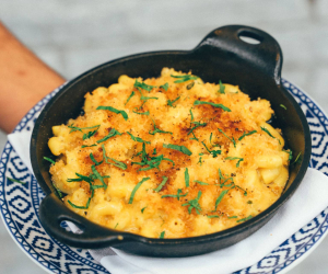David Lee's quarantine mac n cheese