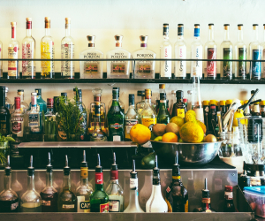 Alcohol delivery in Toronto | Alcohol bottles behind a bar