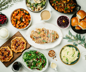 Thanksgiving dinner in Toronto | Oven roasted turkey, garlic mashed potatoes, fall kale salad and more from JOEY restaurant
