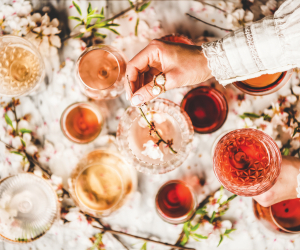 What is rosé wine? All about the pink drink | Different kinds of rosé